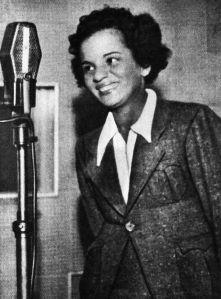 Aracy de Almeida cantora que mais gravou Wilson Baptista [Acervo Rodrigo Alzuguir]