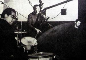 Toninho (bateria), Sabá (baixo) e Cido (piano)